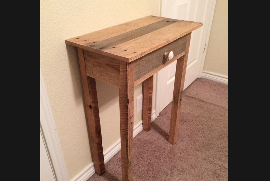 gallery - pallet side table - hannah baxter 2