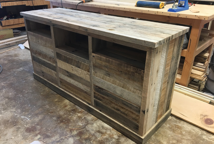 gallery - pallet entertainment center 1
