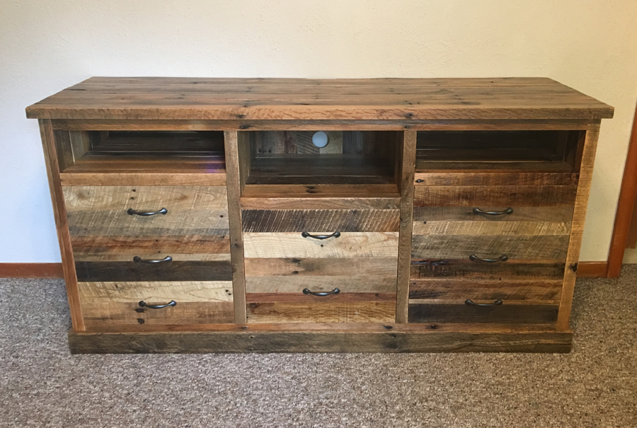 gallery - pallet entertainment center 3